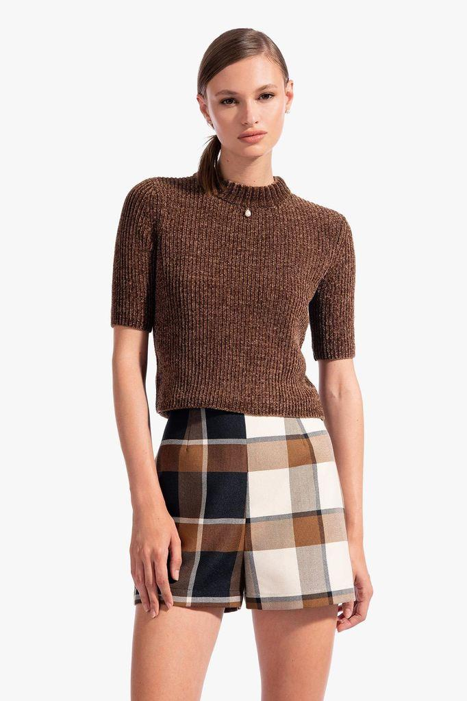 LEAH SHORT | LIGHT PLAID DARK PLAID