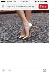 shoes,gold,pumps,heels,shiny,high heels