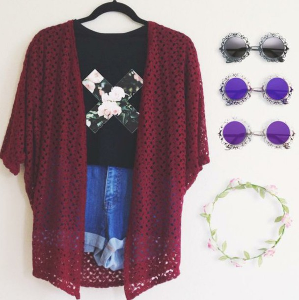 cardigan shirt shorts sunglasses winered tshirt design hair accessory