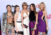 dress,pants,billboard music awards,purple,jumpsuit,hailee steinfled,taylor swift,lily aldridge,zendaya,martha hunt,hailee steinfeld
