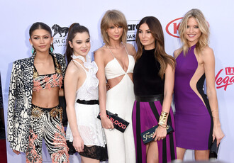 dress pants billboard music awards purple jumpsuit hailee steinfled taylor swift lily aldridge zendaya martha hunt hailee steinfeld