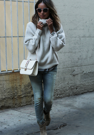 sincerely jules blogger jeans bag sunglasses knitted sweater