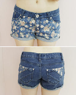 7c28fced16cf7 YESSTYLE: Dodostyle- Floral Print Denim Shorts (Blue - L) - Free  International Shipping on orders over $150