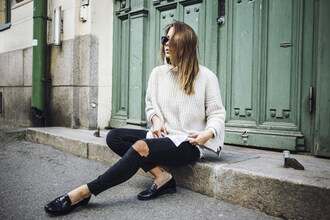 the next episode blogger smoking slippers knitted sweater black ripped jeans