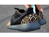 shoes,cheeta print,roshe runs,buy now,custom made,nike roshes cheetah