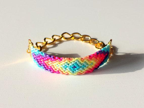 Bracelet brésilien chaîne dorée par bumblu sur etsy