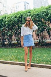 skirt,blue suede skirt,blue skirt,suede skirt,mini skirt,shirt,white shirt,sunglasses,ankle boots,nude boots