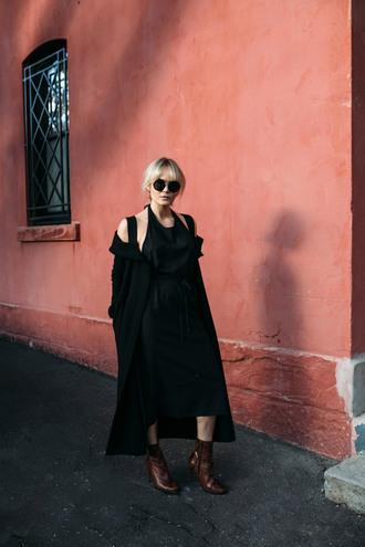 brooke testoni blogger dress shoes sunglasses black dress halter dress black coat boots