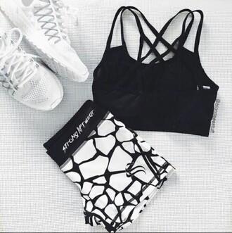 underwear workout sports bra spandex black and white white shoes