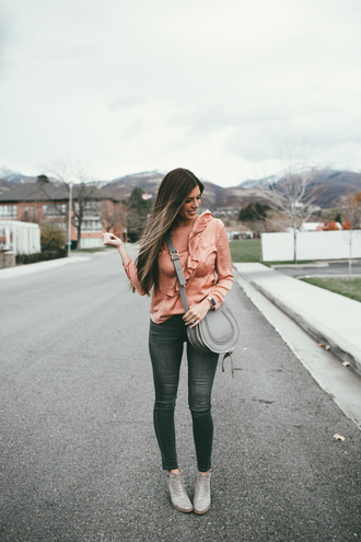 mint arrow blogger top jeans bag shoes crossbody bag grey bag blouse ankle boots skinny jeans fall outfits