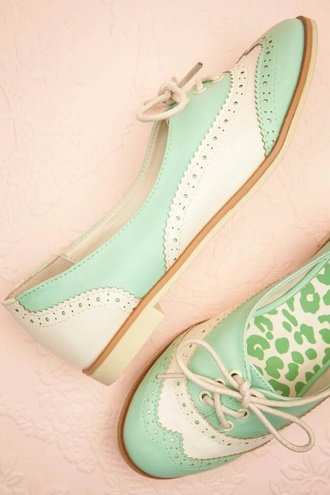 shoes mint oxfords white cute vintage spring brogue shoes