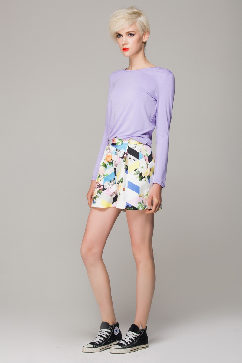 Shorts in geometrical floral print