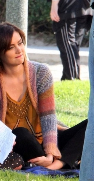 cardigan top 90210 jessica stroup t-shirt