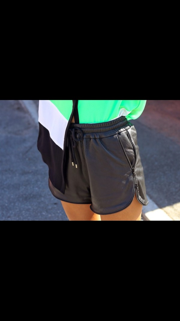 shorts black leather shirt