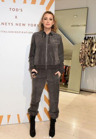 shoes boots sweatpants sweatshirt blake lively jacket celebrity