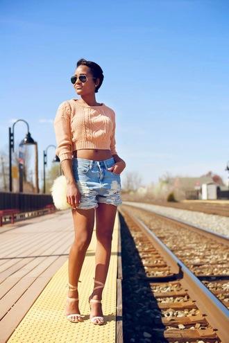 the daileigh t-shirt shorts bag shoes sunglasses