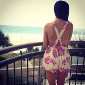 floral dungarees,summer outfits,floral romper,shorts