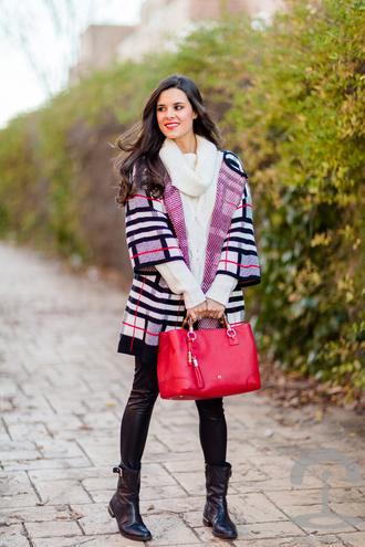 crimenes de la moda blogger leggings red bag stripes