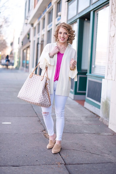 something delightful blogger jewels louis vuitton bag winter outfits loafers light blue jeans