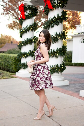 champagne&citylights blogger dress shoes jewels bag