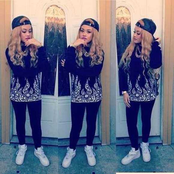 shirt long sleeve shoes snaback leggings jewelry black pattern shirt