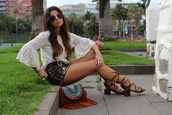 style by nelli,blogger,shoes,bag,shorts,jewels,t-shirt,top