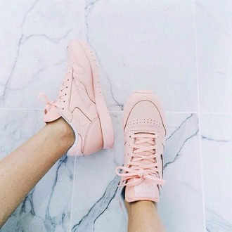 shoes pink sneakers running shoes fashion pale pastel cute summer ootd pink sneakers reebok
