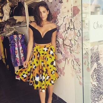 top black crop top skirt
