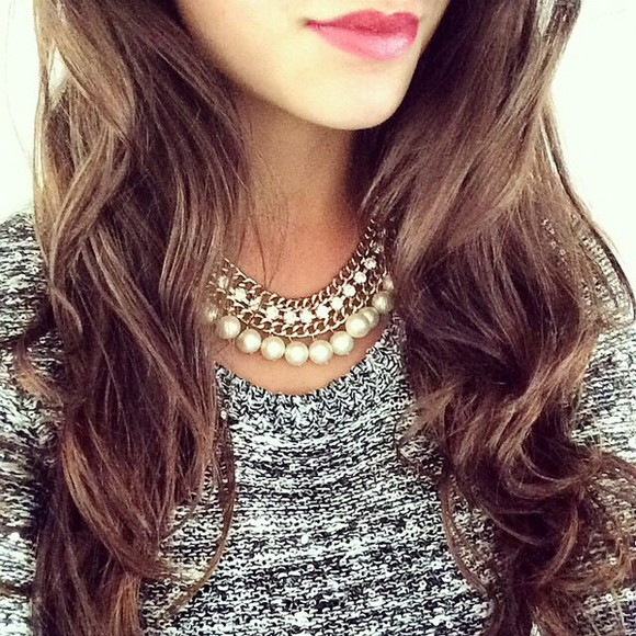jewels necklace gold diamonds gold necklace white strass pearl sweater grey sweater winter sweater white pearls shoe box high heels