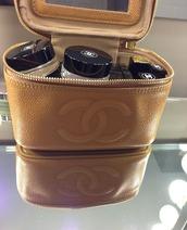bag,chanel,brown,make-up,makeup bag,mirror,mini,travel bag