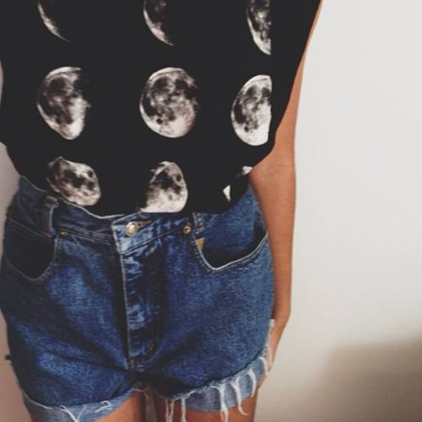 t-shirt shorts jeans denim shorts printed t-shirt clothes vintage galaxy print hipster shirt black white moon top moon muscle tee tumblr denim shorts