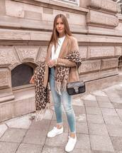 jeans,skinny jeans,ripped jeans,high waisted jeans,white sneakers,blazer,white blouse,shoulder bag,scarf,leopard print
