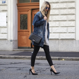 the vogue word blogger jacket sweater jeans shoes shoulder bag black bag skinny jeans denim jacket high heel pumps pumps