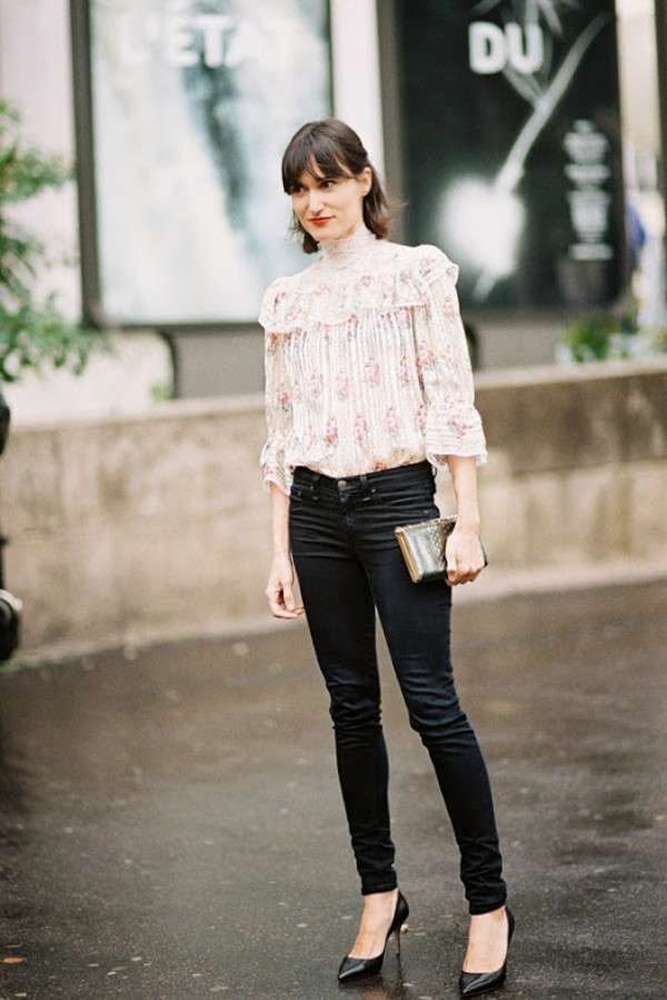 vanessa jackman blouse jeans top leggings shoes embroidered shirt ruffled top ruffled top shirt ruffle shirt printed shirt ruffle black jeans skinny jeans black skinny jeans pumps pointed toe pumps black pumps high heel pumps streetstyle clutch