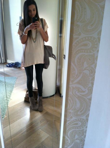 3d30b466 t-shirt, long shirt, leggings, shoes - Wheretoget