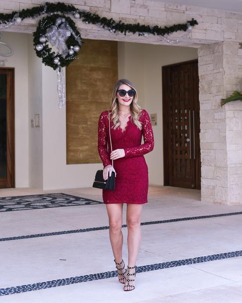 visions of vogue blogger dress shoes bag jewels sunglasses make-up lace dress sandals
