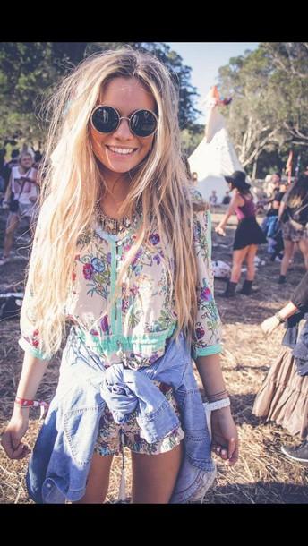 blouse pattern indie boho print romper necklace jewels festival sunglasses t-shirt jumpsuit romper pants shirt bohemian blonde hair dress blonde hair festival festival top hippie hippie chic hippie glasses coulour