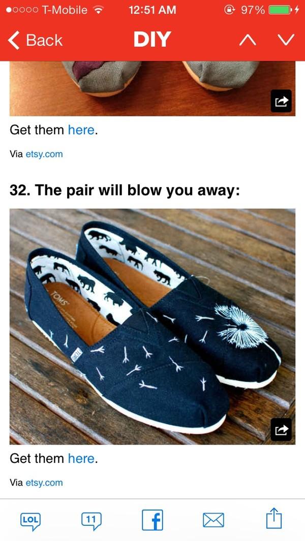 shoes black toms daisy dandelion print