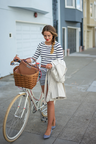 gal meets glam blogger shorts bag sailor stripes