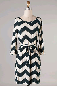 WOMENS CHEVRON TIE DRESS IN NAVY- SO BOLD AND CUTE FOR FALL/WINTER on The Hunt