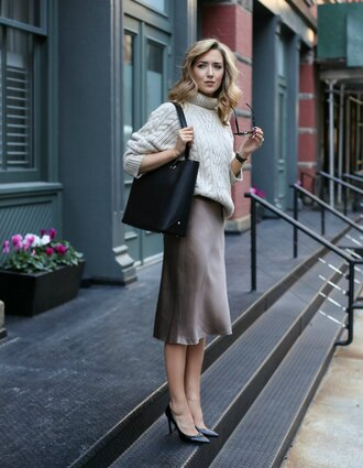 memorandum blogger bag sweater skirt shoes sunglasses jewels tote bag turtleneck sweater fall outfits satin skirt midi skirt high heel pumps pumps tumblr white sweater turtleneck cable knit white cable knit sweater black bag dress midi dress slit dress