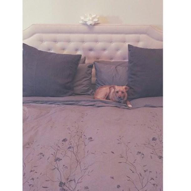 Home Accessory: Grey, Pretty, Flowers, Blanket, Home Decor, Bedding, White, Cool, Ariana Grande