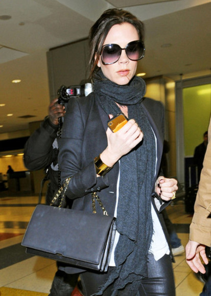 victoria beckham sunglasses bag