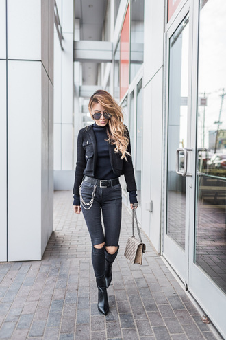 not jess fashion blogger sweater belt shoes bag jeans tumblr black jeans skinny jeans ripped jeans jacket black jacket boots black boots ankle boots top black top turtleneck black turtleneck top sunglasses