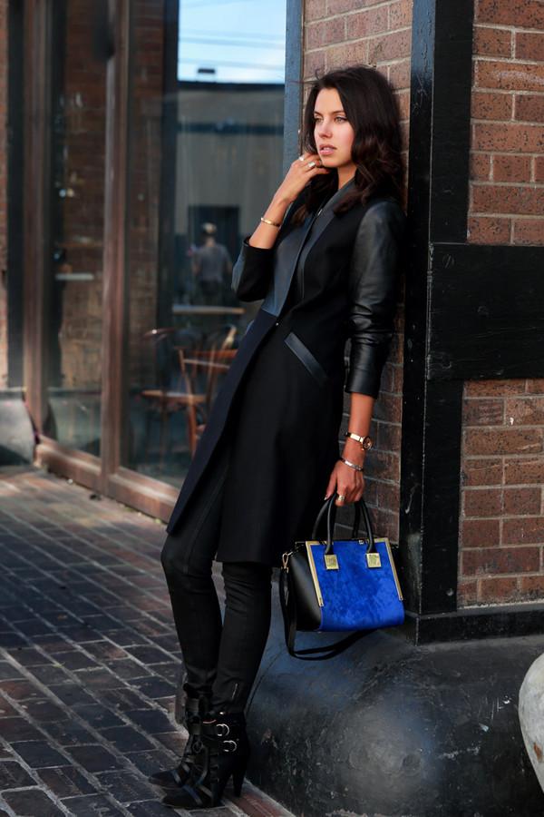 viva luxury blogger bag jewels