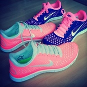 pink sneakers,blue shoes,nike,nike shoes,shoes,nike running shoes,bright pink n aqua free run,fitness,blue,summer,summer shoes,teal