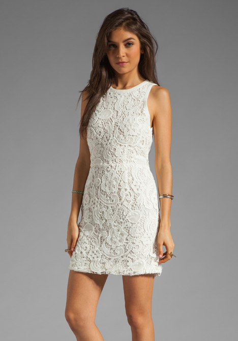 9d9a83d4fdbdf DOLCE VITA Mei Scroll Lace Dress in White - Cocktail