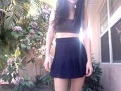 skirt,black style,black skirt,elgeant,black look,black tank top,pale,atropina,window,palm,palms,girl,black girls killin it,pale girl,skinny,pale grunge,palm tree print,pleated skirt