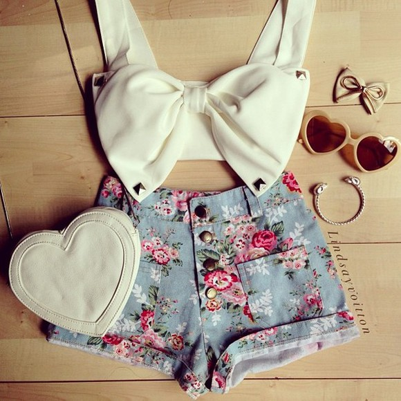 white bow top shorts bow flowers floral floral shorts crop tops white crop top bow top clothes blue shorts studs t-shirt bag tank top jewels sunglasses blue crop bandeau romwe shirt fashion floral high waisted shorts blue, cute shoes white heart jeans