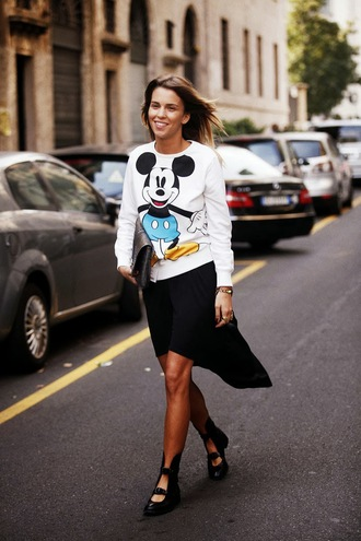 top mickey mouse disney sweater disney skirt sweatshirt white sweater asymmetrical skirt asymmetrical black skirt boots flat boots streetstyle pouch bag black bag